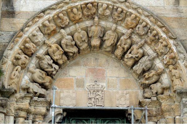 Aspectos más importantes de la escultura Románica