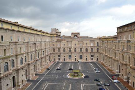 Museos de Arte de Italia -Torre de Pisa y Coliseo romano